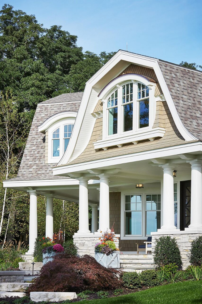 Classic Gambrel Style Shingle Home Home Bunch Interior