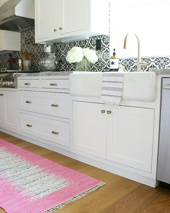 Kitchen Runner. Kitchen Runner. Vintage Kitchen Runner #KitchenRunner #vintagerunner #runner Jordan from @house.becomes.home