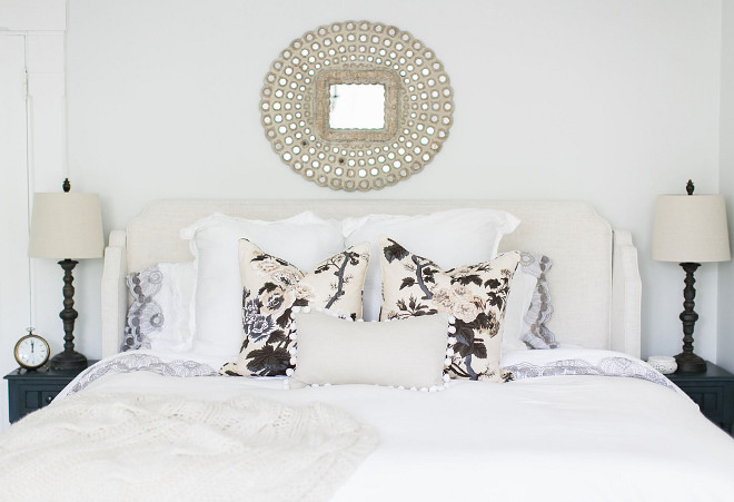 Neutral Floral Pillows. Neutral Floral Pillow Ideas. The bedding is white with a pop of pattern in the Schumacher floral pillows. #NeutralFlorals #NeutralFloralPillows #FloralPillows Home Bunch Beautiful Homes of Instagram @finding__lovely