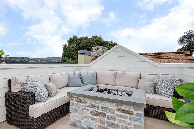 Rooftop Firepit table. Rooftop Firepit table ideas #Rooftop #Firepittable Brandon Architects, Inc.