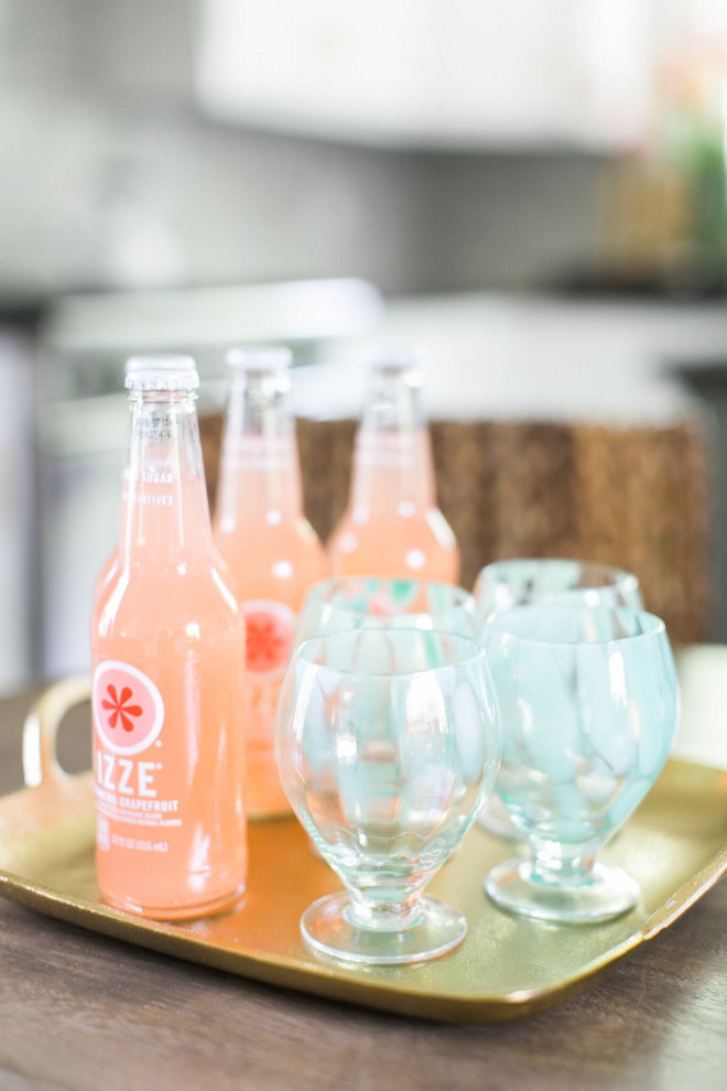 Summer Drink ideas. Summer Drinks. Home Bunch Beautiful Homes of Instagram @finding__lovely