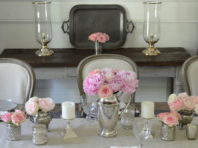Vintage Silver Table Decor Ideas. Vintage Silver Trays, Vintage Silver Vases. I often use my vintage silver as vases and layer linens, plates and napkins when we have guests over #vintagesilver #tabledecor #trays #vases Beautiful Homes of Instagram @SanctuaryHomeDecor