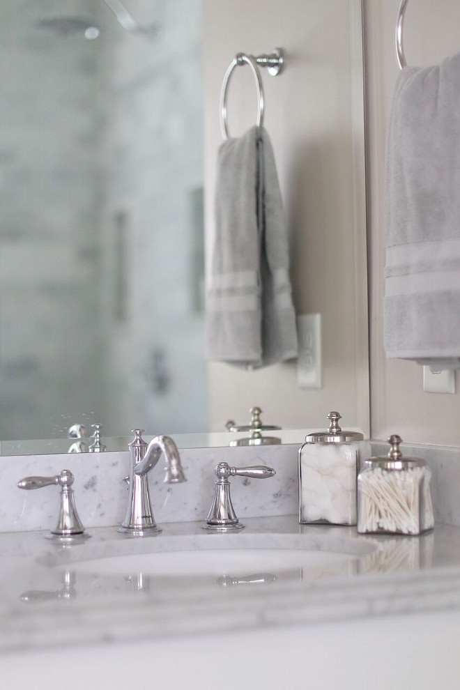 Bathroom Faucet. Home Bunch's Beautiful Homes of Instagram @cambridgehomecompany