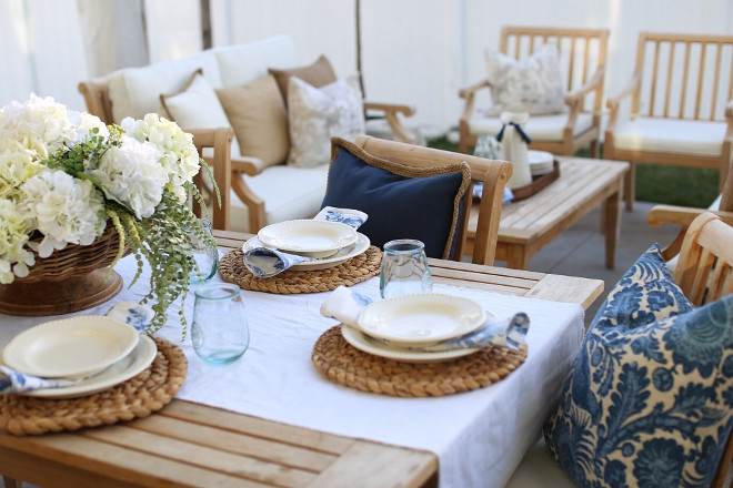 Outdoor Coastal Table Setting Decor. Nantucket inspired Coastal Outdoor Table Setting Decor. Outdoor Coastal Table Setting Decor ideas #OutdoorCoastalTableSettingDecor #Nantucket #Outdoors Home Bunch's Beautiful Homes of Instagram @cambridgehomecompany