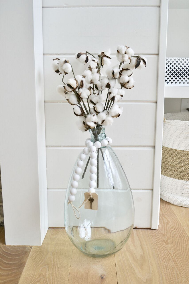 Cotton Stems. Magnolia Market Cotton Stems. Chip and Joanna Gaines. Joanna uses these cotton stems displayed in her farmhouse and in many of her Fixer Uppers #cottonsteams #magnoliamarket #fixerupper Home Bunch's Beautiful Homes of Instagram @sweetthreadsco