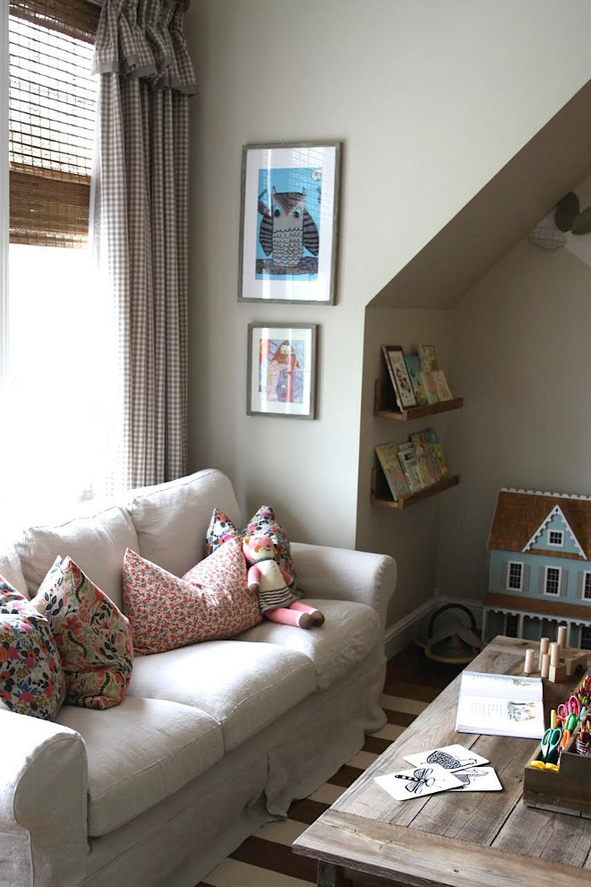 Cute Farmhouse Playroom. Home Bunch's Beautiful Homes of Instagram @blessedmommatobabygirls