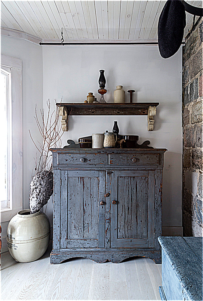 Distressed Cabinet. Country farmhouse distressed cabinet. Distressed Cabinet. Country farmhouse distressed cabinet ideas #DistressedCabinet #Countryfarmhouse #farmhousecabinet #distressed #cabinet Home Bunch's Beautiful Homes of Instagram Cynthia Weber Design @Cynthia_Weber_Design