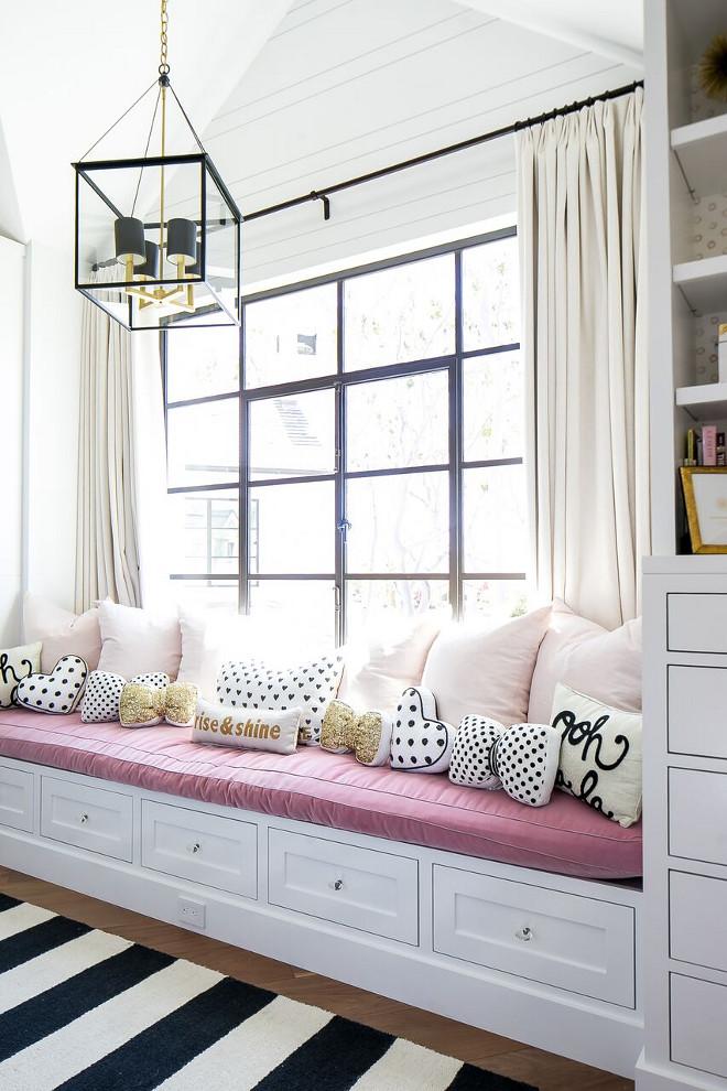 Farmhouse Bedroom Pillows