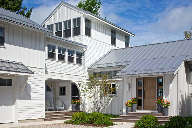 Farmhouse exterior You can never go wrong with this modern farmhouse exterior look with board and batten siding, white exterior and metal roof #farmhouse #exterior #Farmhouseexterior #modernfarmhouseexterior #boardandbattensiding #whiteexterior #metalroof Scott Christopher Homes