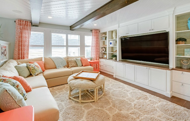 Farmily room. Beachy coastal family room. Echelon Interiors