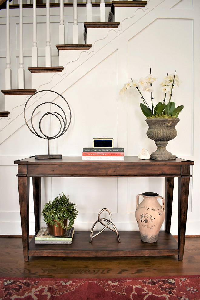 Foyer Console Table Vignette. I love this beautiful and neutral vignette. It feel welcoming without feeling intrusive. Console is from Birch Lane. Foyer Console Table Vignette Ideas. Foyer Console Table Vignette. Foyer Console Table Vignette #Foyer #ConsoleTable #Vignette Kate Abt Design