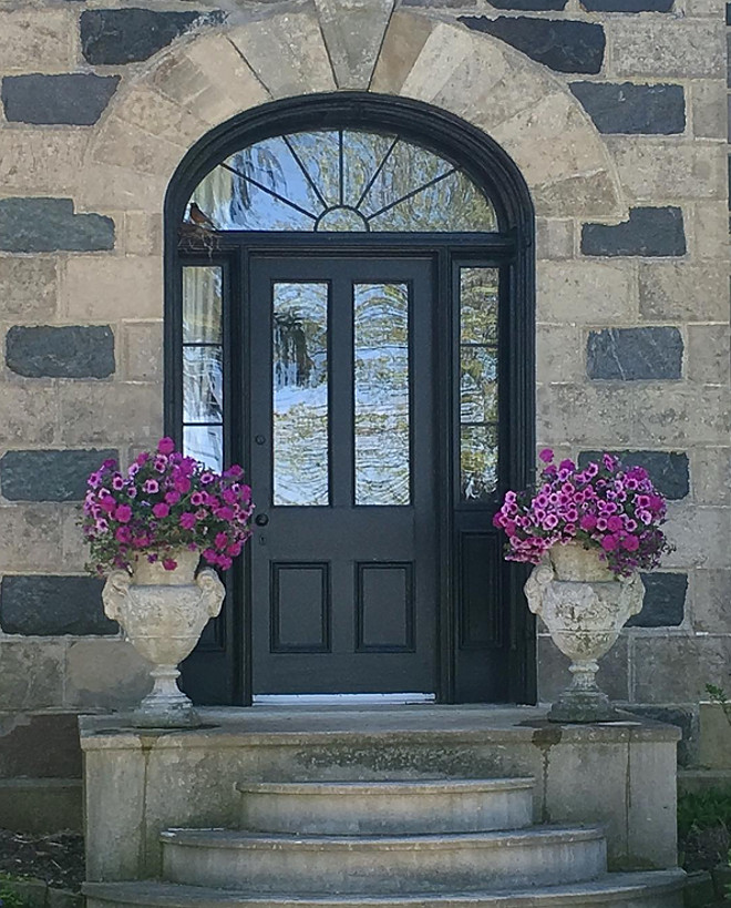 Front door is Black Cat from Beauti-Tone Home Hardware. Black door paint color. Home Bunch's Beautiful Homes of Instagram Cynthia Weber Design @Cynthia_Weber_Design