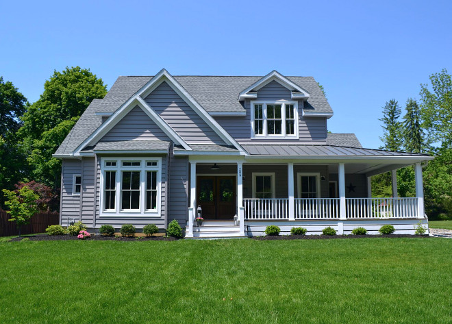 Grey exterior Paint Color. Grey Siding Paint Color. Granite Gray Glidden Paint Color Grey Homes Paint Color #GreyexteriorPaintColor #GreySiding #PaintColor #GreyHomes #GreyhomesPaintColor #GraniteGrayGlidden Home Bunch's Beautiful Homes of Instagram @sweetthreadsco