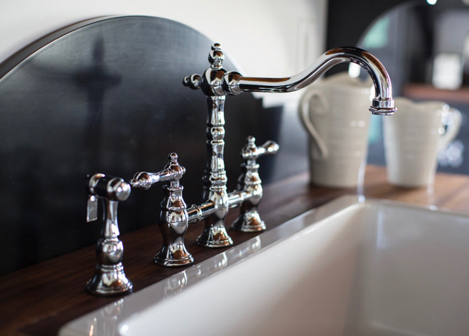 Kitchen Faucet. Home Bunch's Beautiful Homes of Instagram Cynthia Weber Design @Cynthia_Weber_Design