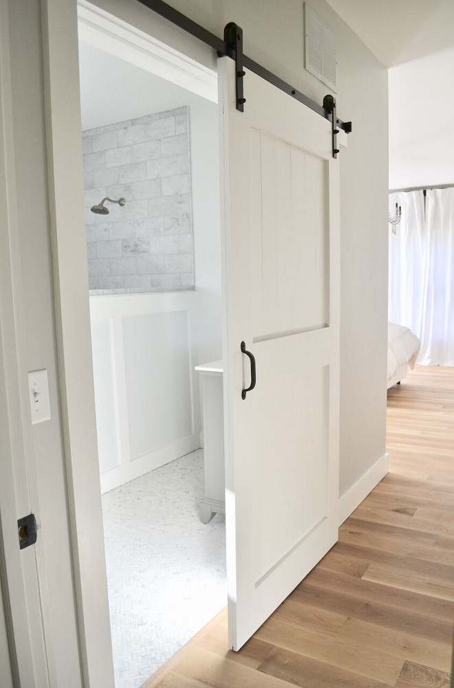 Master Bathroom Barn Door. DIY Master Bathroom Barn Door. My husband built a barn door to add more privacy to the space. Master Bathroom Barn Door Tutorial. Master Bathroom Barn Door Ideas #MasterBathroomBarnDoor #BarnDoor #DIYBarnDoor #BarnDoorTutorial Home Bunch's Beautiful Homes of Instagram @sweetthreadsco