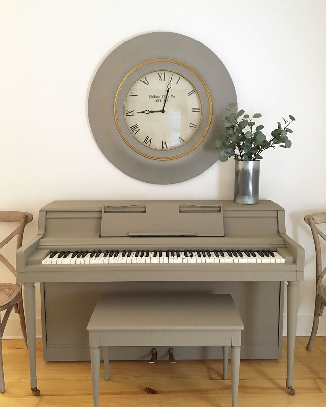 Matte Piano Paint Color. Piano painted in a Annie Sloan paint color. Piano Paint Color is Annie Sloan Cocoa with clear wax #Piano #PaintColor #AnnieSloan #Cocoa #AnnieSloanCocoa Beautiful Homes of Instagram @theclevergoose