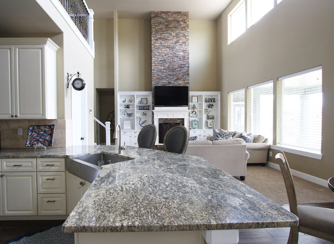 Persa Caravella light. Granite countertop Persa Caravella light. Persa Caravella light. Grey Granite #PersaCaravellalight #granite #countertop #greygranite #granitecountertop Home Bunch's Beautiful Homes of Instagram @AshleysDecorSpace_