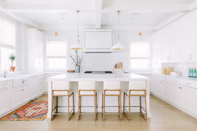 white farmhouse kitchen paint color simply white by benjamin moore white farmhouse kitchen paint color - White Farmhouse Kitchen