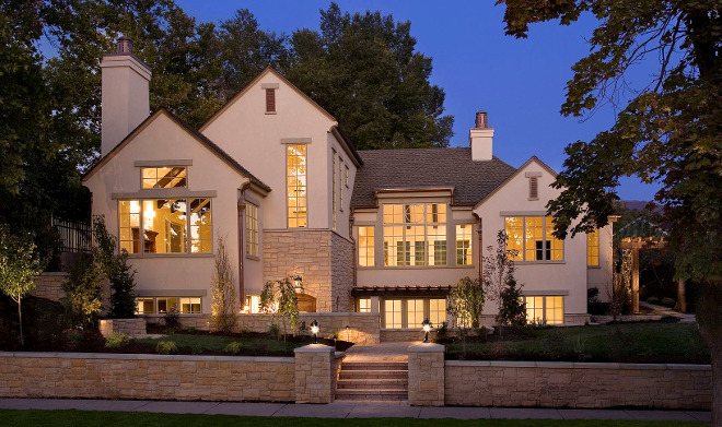 Exterior stone. Home Exterior stone. Exterior stone ideas. Exterior stone #Exteriorstone Jackson and LeRoy