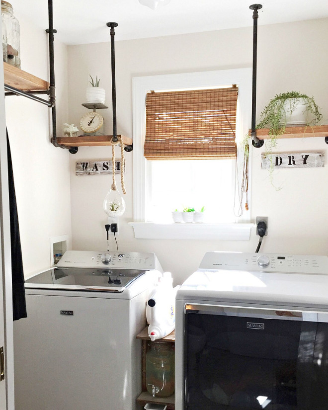 Benjamin Moore Edgecomb Gray. Farmhouse Laundry room paint color Benjamin Moore Edgecomb Gray. Benjamin Moore Edgecomb Gray #BenjaminMooreEdgecombGray Beautiful Homes of Instagram @middlesisterdesign - Home Bunch
