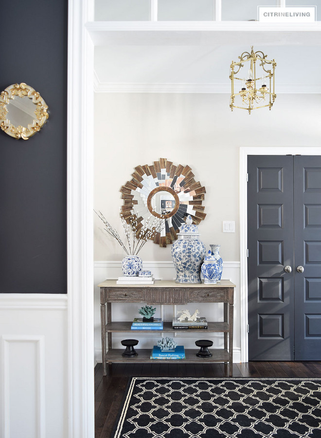 Behr Cracked Pepper. Dark grey interior door paint color Behr Cracked Pepper. Behr Cracked Pepper #BehrCrackedPepper #Darkgreyinteriordoorpaintcolor #interiordoorpaintcolor Beautiful Homes of Instagram @citrineliving Home Bunch