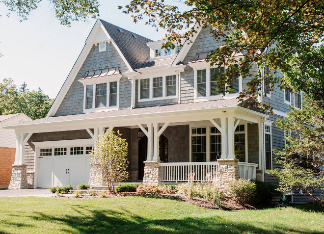 Craftsman Columns. Craftsman Stone Columns. Craftsman Columns. The stone pillars were custom made using FonDuLac Limestone. The garage doors are made by CHI Overhead Doors. Craftsman Stone Columns Exterior #CraftsmanColumns #CraftsmanStoneColumns #StoneColumns #exterior Summit Signature Homes, Inc.
