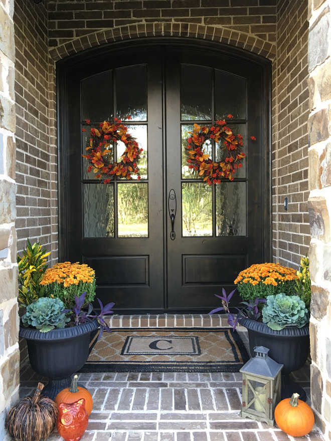 Fall Front Door Decorating Ideas. Fall Front Door Decorating Ideas. Fall Front Door Decorating Ideas. Fall Front Door Decorating Ideas #FallFrontDoor #FallFrontDoorDecoratingIdeas @classicstylehome