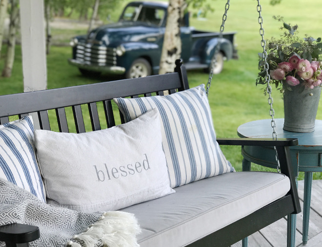 Farmhouse Porch Swing. Farmhouse Porch Swing ideas. Farmhouse Porch Swing. Farmhouse Porch Swing. Farmhouse Porch Swing #FarmhousePorchSwing Beautiful Homes of Instagram @SanctuaryHomeDecor