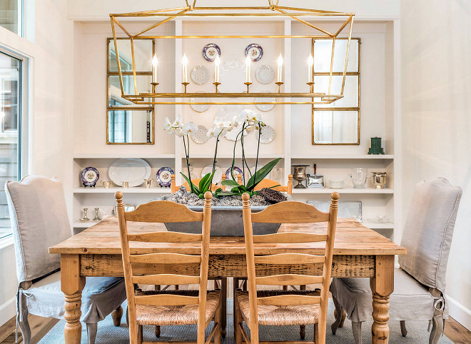 Farmhouse dining room with Gilded Iron Linear Lantern. Farmhouse dining room with Gilded Iron Linear Lantern. Farmhouse dining room with Gilded Iron Linear Lantern. Farmhouse dining room with Gilded Iron Linear Lantern #Farmhousediningroom #GildedIronLinearLantern Tama Bell Design