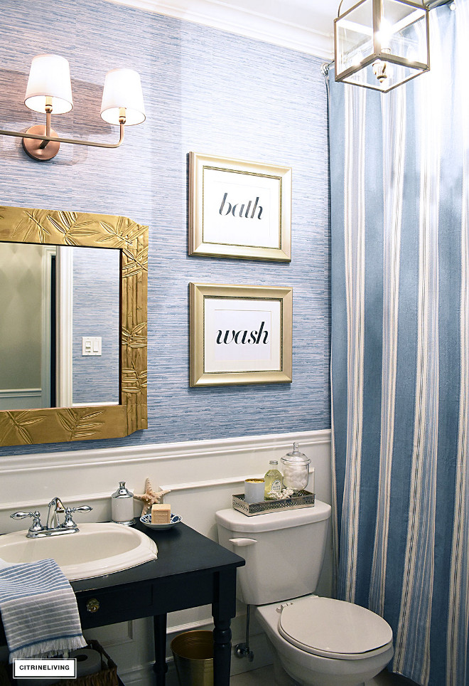 Faux grasscloth vinyl wallpaper. Faux grasscloth vinyl wallpaper looks and feels same as real grasscloth but it's ideal for wet spaces such as bathrooms #Fauxgrasscloth #vinylwallpaper #bathroomwallpaper Beautiful Homes of Instagram @citrineliving Home Bunch