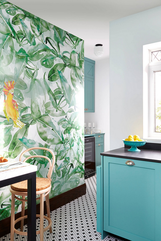 Green wallpaper. Tropical green wallpaper. Green wallpaper. Tropical green wallpaper. Green wallpaper. Tropical green wallpaper birds #Greenwallpaper #Tropicalgreenwallpaper #birdswallpaper #Tropicalwallpaper Toronto Interior Design Group | Yanic Simard