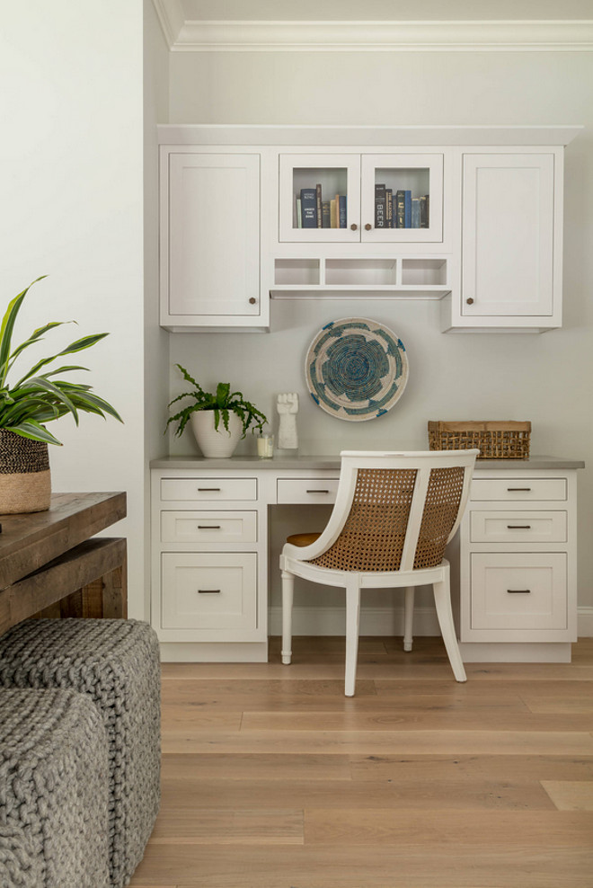 Kitchen Desk. Kitchen Desk Design. Kitchen Office. Kitchen Desk Ideas. Kitchen Desk Inspiration #KitchenDesk #KitchenDeskDesign #KitchenDeskInspiration #KitchenOffice Jamie Keskin Design