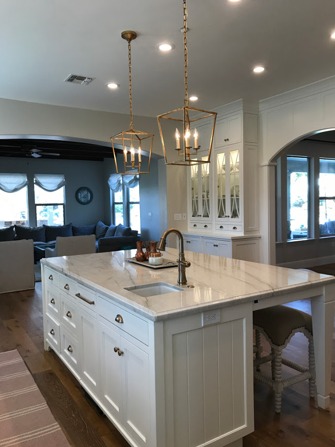Kitchen Island White Quartzite Countertop. Kitchen Island White Quartzite Countertop. Kitchen Island White Quartzite Countertop. Kitchen Island White Quartzite Countertop #KitchenIsland #WhiteQuartzite #Countertop Home Bunch Interior Design