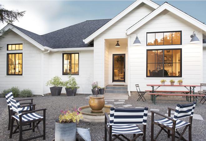 Low-maintenance gravel patio. Farmhouse Low-maintenance gravel patio and planters. Low-maintenance gravel patio Farmhouse Low-maintenance gravel patio #Lowmaintenance #gravelpatio #farmhouse Tama Bell Design