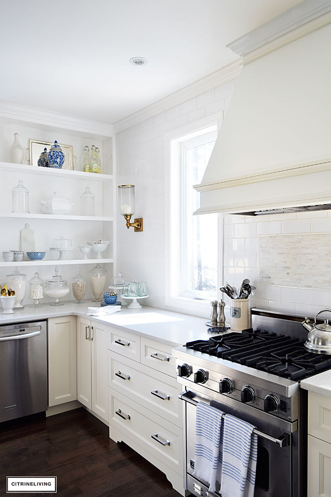 Off white kitchen with white Quartz countertops in Misty Carrera. Off white kitchen with white Quartz countertops in Misty Carrera #Offwhitekitchen #whiteQuartzcountertops #quartz #MistyCarrera Beautiful Homes of Instagram @citrineliving Home Bunch