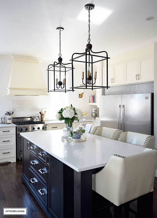 kitchen-with-black-island-and-lantern-pendant-lighting-kitchen-with-black-island-and-lantern-pendant-lighting-kitchen-with-black-island-and-lantern-pendant-lighting Beautiful Homes of Instagram @citrineliving Home Bunch