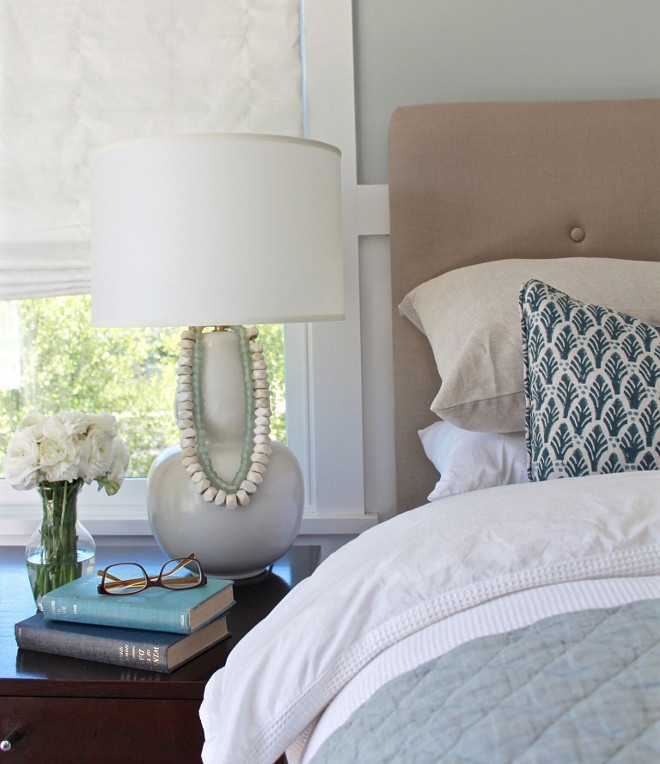 Bedroom Nightstand Decor. Easy nightstand decor ideas. Easy and uncomplicated way to decorate a nighstand. Bedroom Nightstand Decor #Bedroom #Nightstand #Decor #Bedroomdecor #NightstandDecor Beautiful Homes of Instagram @urban_farmhouse_build