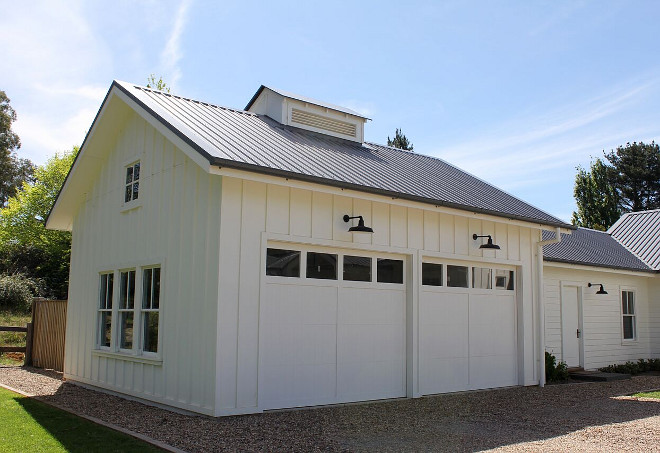 Board and batten garage with metal roof. Modern farmhouse Board and batten garage with metal roof. Board and batten garage with metal roof #Boardandbattengarage #Boardandbatten #garage #moderfarmhouse #modernfarmhousegarage #metalroof Beautiful Homes of Instagram @urban_farmhouse_build