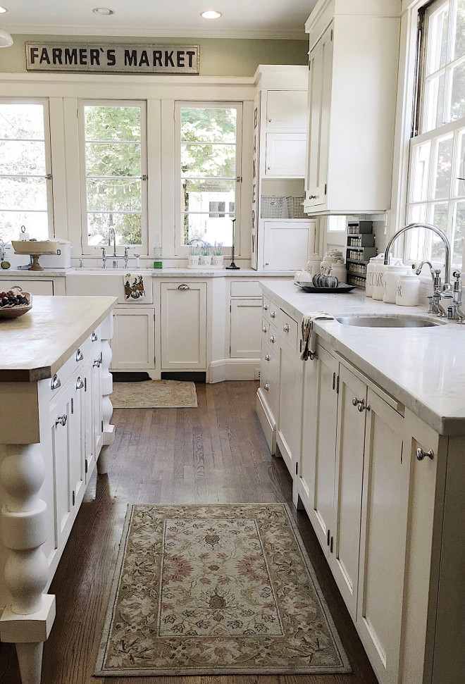 Cabinets – Custom built, paint Dunn Edwards Swiss Coffee. Dunn Edwards Swiss Coffee. Dunn Edwards Swiss Coffee White farmhouse kitchen Dunn Edwards Swiss Coffee #DunnEdwardsSwissCoffee #farmhousekitchen Beautiful Homes of Instagram @my100yearoldhome