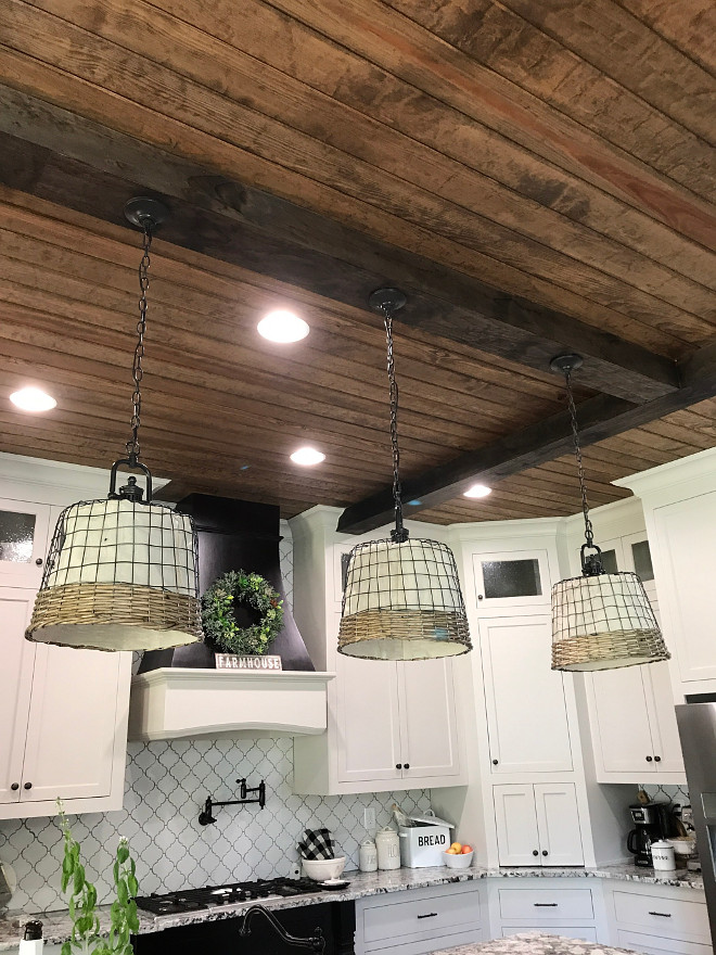 DIY farmhouse basket lighting shade. DIY farmhouse basket lighting shade. DIY farmhouse basket lighting shade. DIY farmhouse basket lighting shade #DIYlightingshade #DIYfarmhousebasketlightingshade Home Bunch Beautiful Homes of Instagram @mygeorgiahouse