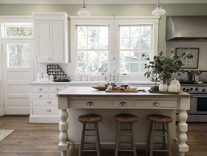 Farmhouse Kitchen. Farmhouse Kitchen. Farmhouse Kitchen. Farmhouse Kitchen. Farmhouse Kitchen. Farmhouse Kitchen #FarmhouseKitchen Beautiful Homes of Instagram @my100yearoldhome