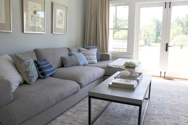 Grey sectional. Cozy Family Room with grey sectional. #Greysectional Beautiful Homes of Instagram @urban_farmhouse_build