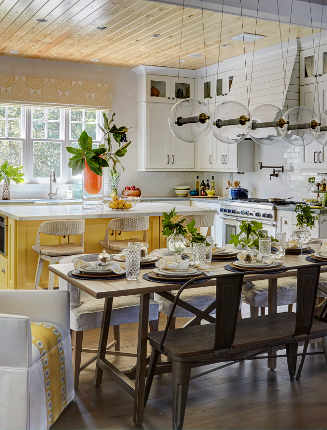 Modern Farmhouse Kitchen. Modern Farmhouse Kitchen and dining room. Gorgeus Modern Farmhouse Kitchen. Modern Farmhouse Kitchen #Gorgeous #ModernFarmhouseKitchen #Farmhousediningroom Morning Star Builders