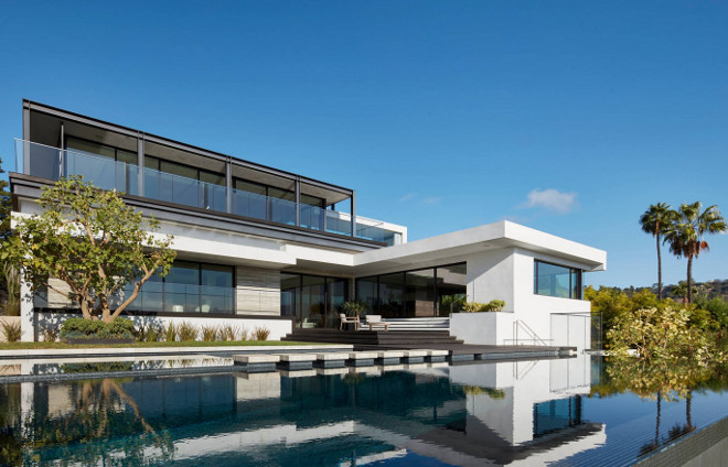 Modern Infinity Pool. California Modern home infinity pool #infinitypool Horst Architects
