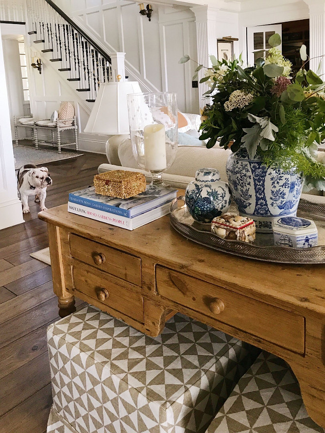 Beautiful homes of instagram sweetshadylane home bunch for Living room sofa table decorating