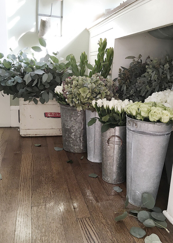 Zinc Flower pots. Vintage Zinc Flower pots. Farmhouse Zinc Flower pots. Zinc Flower pots #ZincFlowerpots Beautiful Homes of Instagram @my100yearoldhome