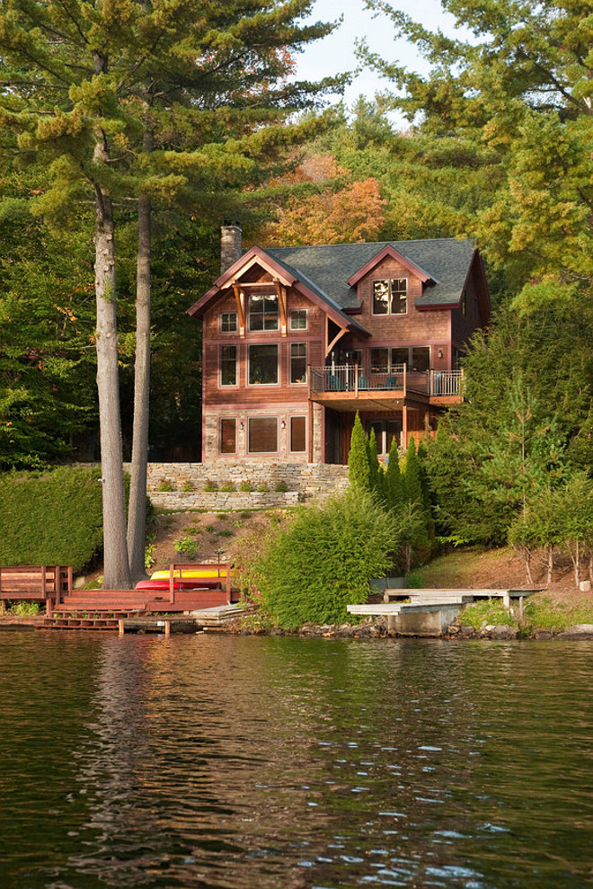 Lakehouse Rustic lakehouse