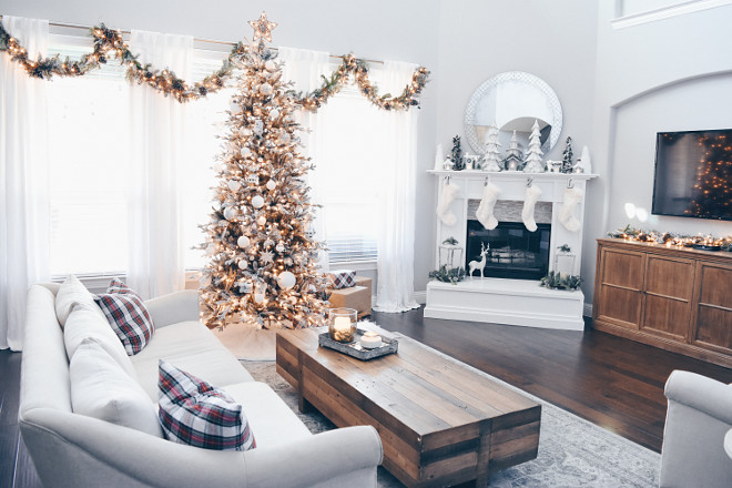 10+ Awesome Christmas Decorations Living Room