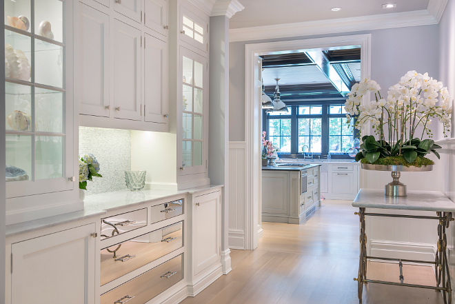 Sherwin Williams Extra White Sherwin Williams Extra White Sherwin Williams Extra White Sherwin Williams Extra White Sherwin Williams Extra White White Butlers Pantry Sherwin Williams Extra White #SherwinWilliamsExtraWhite
