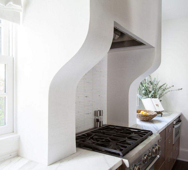 Stucco Kitchen Hood Sleek white Stucco, kitchen features a white stucco hood, painted in Benjamin Moore Cloud White Kitchen Hood Stucco Kitchen Hood #StuccoKitchenHood #StuccoHood